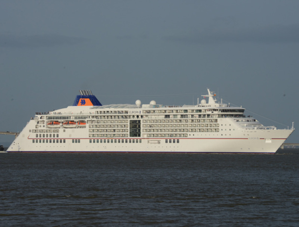 berlitz guide to cruise ships